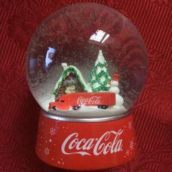 New Year's Coca-Cola snow globe