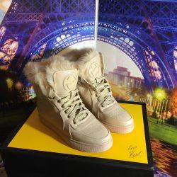 Γυναικείες μπότες Gucci με Γούνα