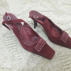 Shoes are suede, inside all natural leather, 38 size