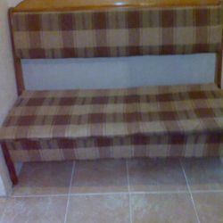 The seat from the kitchen corner is second-hand.