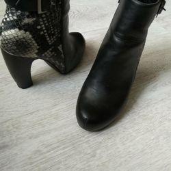 Δερμάτινα μπότες από δέρμα