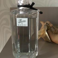Parfümler Gucci florası