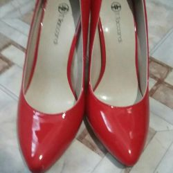 Shoes red varnish river 36-37 new