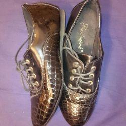 Boots lacquer black