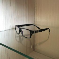 Glasses for image