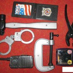 hammer handcuff walkie talkie