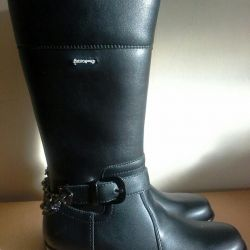 New boots for women size 34