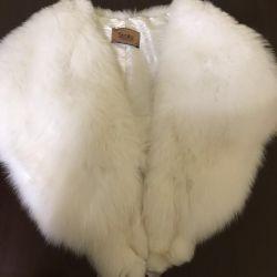(arctic fox) fur cape