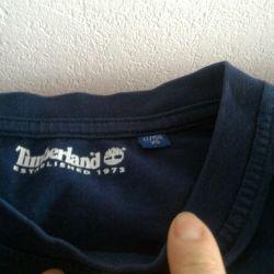 Sweatshirt and T-shirt, both for the same price.