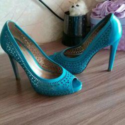 Туфли очень красивого цвета, натуральная кожа.👠💄