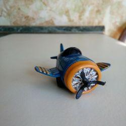 детская игрушка ( самолет)