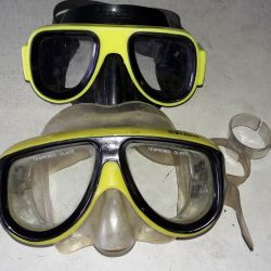 Mask for diving.