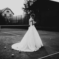 Wedding dress unreal ❤️
