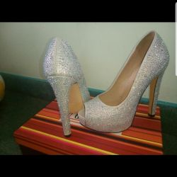 Shoes in rhinestones new