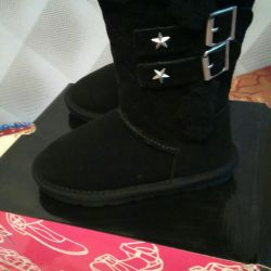 New natural uggs for girls