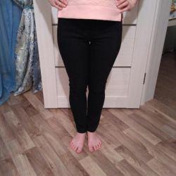 Black pants lime