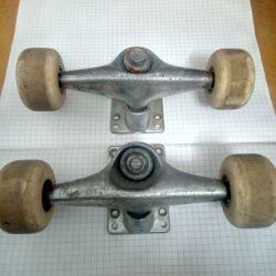 Role de skate cu fixare, 2 seturi, second hand,