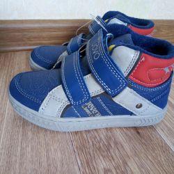 Νέα παπούτσια uovo 17,5cm