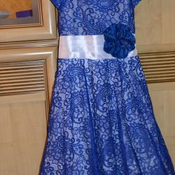 Elegant, open-work dress, suitable for 5-9 years