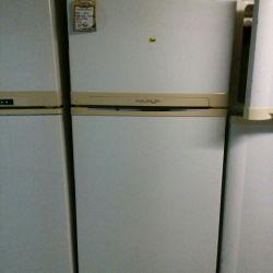 холодильник широкий