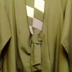 Suit green
