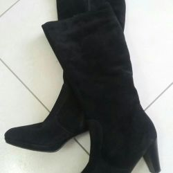 Women's boots Tamaris Portugal. Dressed 1 time.