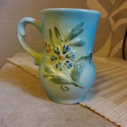 Кружка керамическая в виде вазы.Доставка.