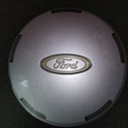 Caps on the Ford Escape LP 01+