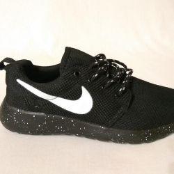 Adidași Nike Roshe Run negru 39