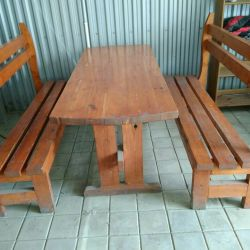 Used table + two benches (array)