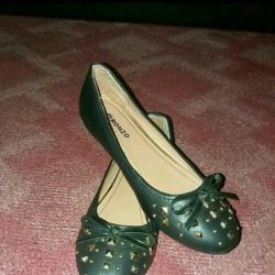 New women's ballet shoes