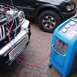 Refueling car air conditioners