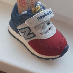 Новые кроссовки NB детские