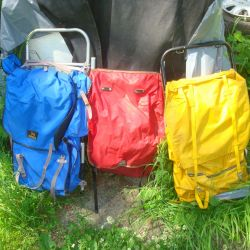 easel backpack