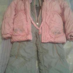 Kızlar için kışlık takım elbise