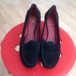 Τα παπούτσια 1 φορές χρησιμοποίησαν το μέγεθος Santini 36