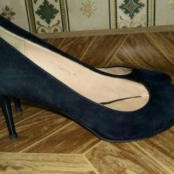 39 παπούτσια μεγέθους