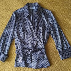 Blouse new beautiful, the smell of the river. 44-46
