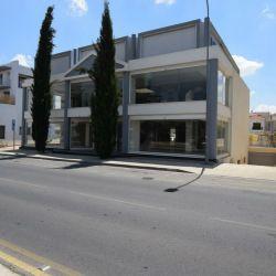 Коммерческое здание / Showroom в Строволосе, Nicosi