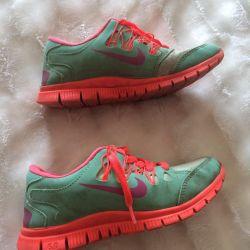 Sneakers for children 32-33