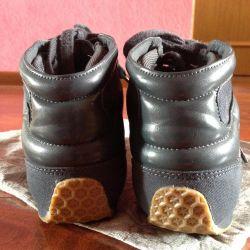 Spor ayakkabı Adidas Stella McCartney tarafından