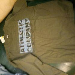 Çocuklar için tişörtler