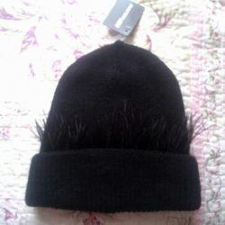 Новая шапка стильная