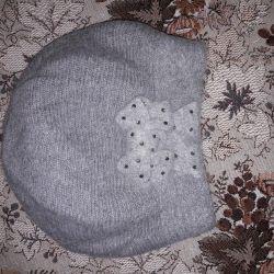 2 pălării și eșarfă