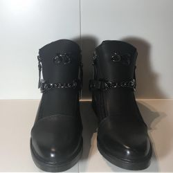 Sale! New autumn boots made of ECO-leather.