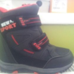 Boots winter New r 32.33 34.37