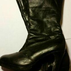 Autumn boots, leather