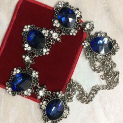 Колье с синими камнями