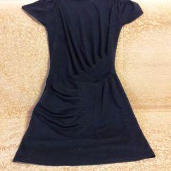 Μαύρο πλεκτό ζεστό φόρεμα