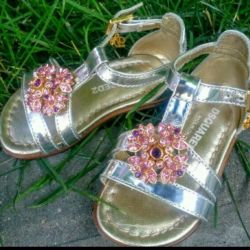 Shoes for girl new ... Italy